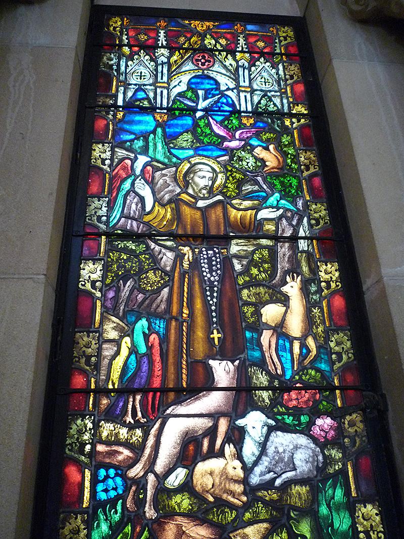 セント アンドリュース大聖堂 ステンドグラス