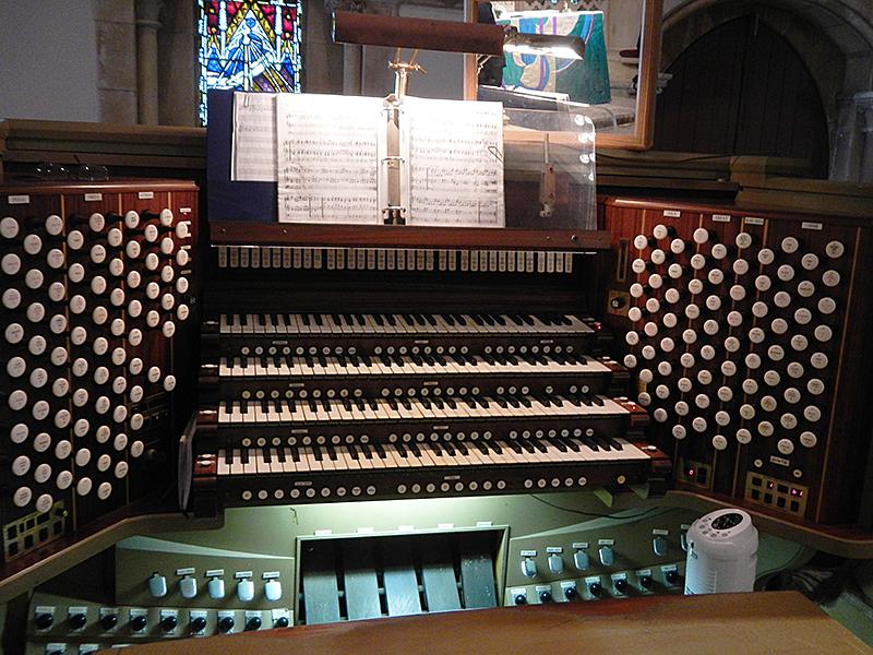 セント アンドリュース大聖堂 パイプオルガン